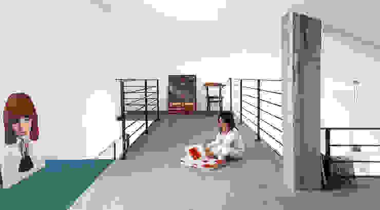 Ruang Studi/Kantor Gaya Industrial Oleh Mohamed Keilani Architect Industrial