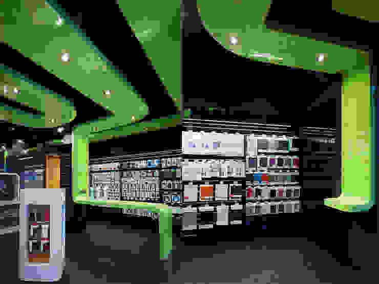 商店 Modern Media Room by 果仁室內裝修設計有限公司 Modern