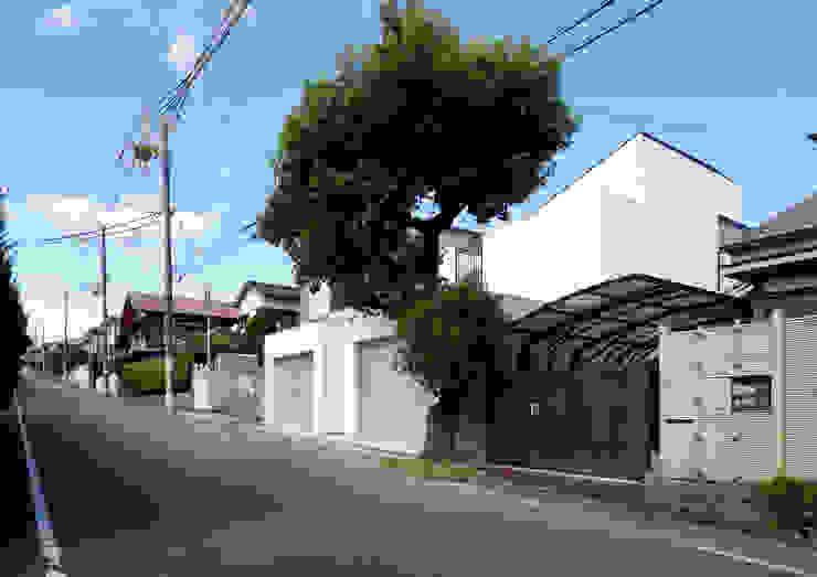 Maisons modernes par 近藤晃弘建築都市設計事務所 Moderne Pierre