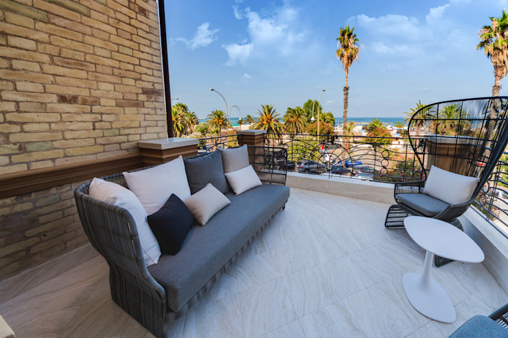 Eusebi Arredamenti Modern balcony, veranda & terrace