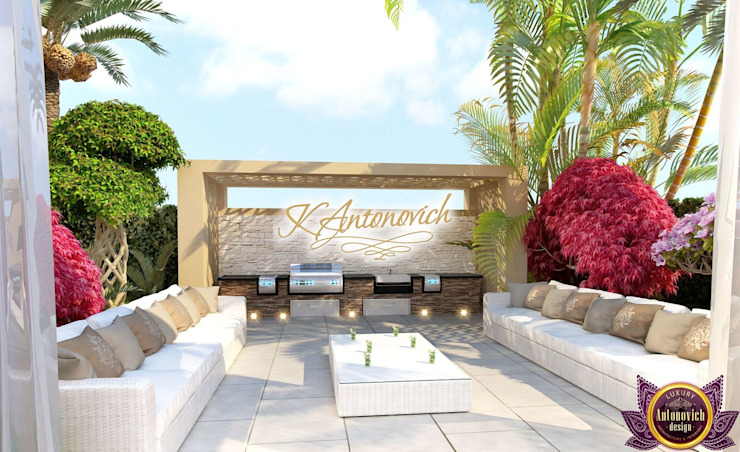 ​ Landscape design ideas of Katrina Antonovich Mediterranean style house by Luxury Antonovich Design Mediterranean