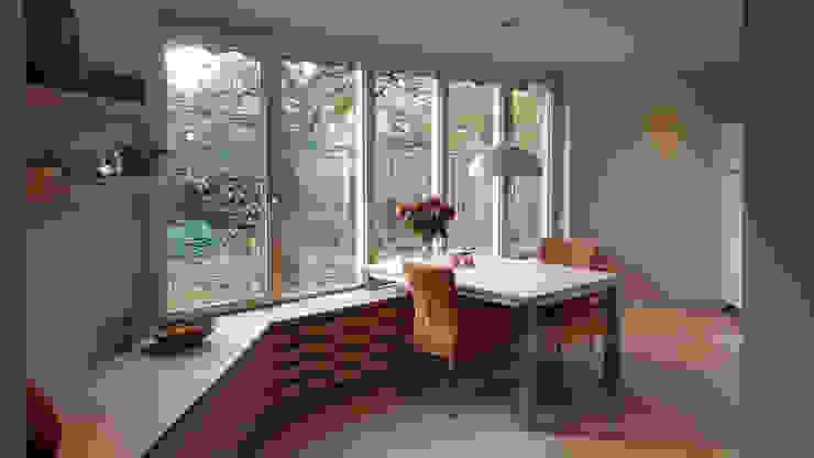 Foto 1 eethoek Moderne keukens van Anne-Carien Interieurarchitect Modern