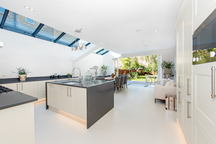 House Renovation Lysia Street, Fulham SW6 Modern Kitchen by APT Renovation Ltd Modern