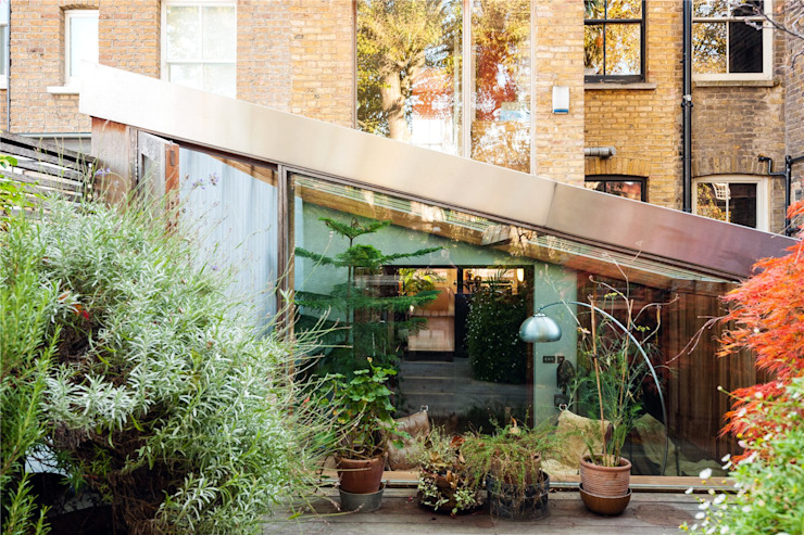 Fashion Street, E1 Modern Houses by APT Renovation Ltd Modern
