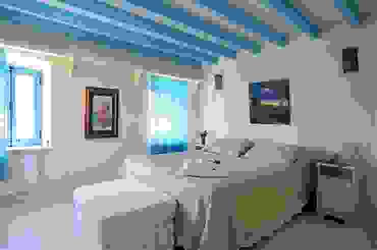 Ebru Erol Mimarlık Atölyesi의  침실