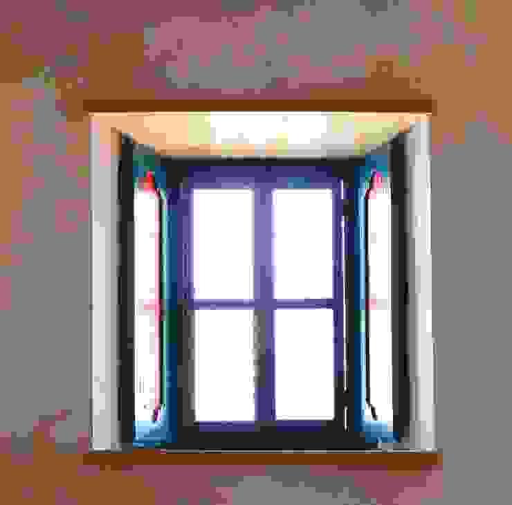 Restorasyon sonrası Akdeniz Pencere & Kapılar homify Akdeniz