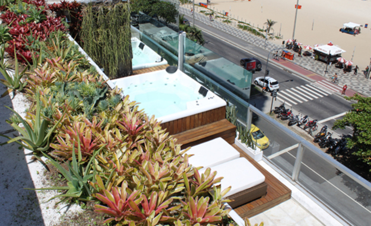 Balcone, Veranda & Terrazza in stile moderno di Rafael Mirza Arquitetura Moderno