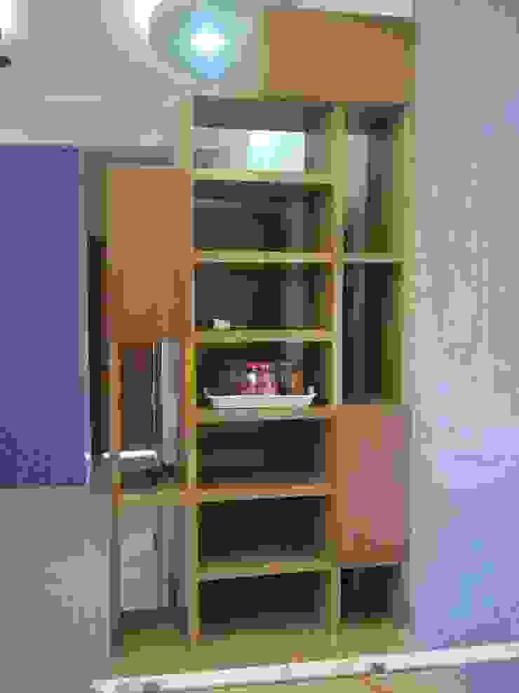 Residence interior, Kundli, Haryana Modern kitchen by The plan design and construction Modern