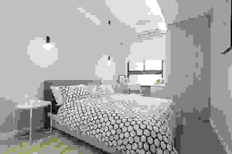 Minimalist bedroom by 宅即變空間微整形 Minimalist