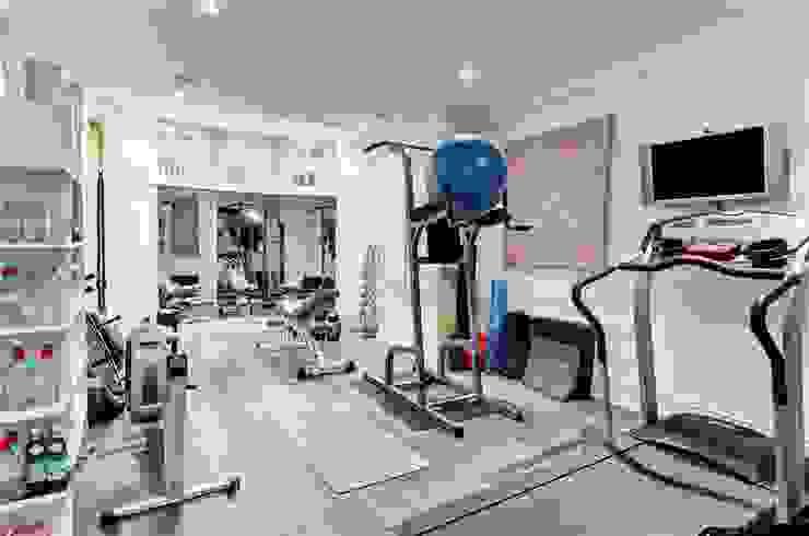 Trebovir Road, SW5 Modern Gym by APT Renovation Ltd Modern