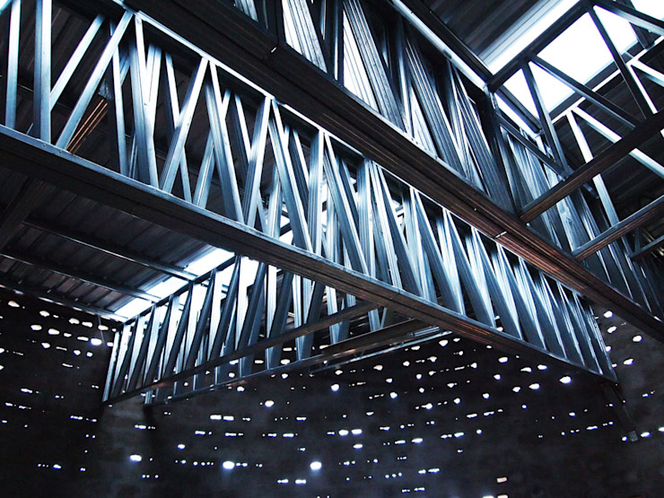 Steel roof by A4AC Architects Modern Iron/Steel