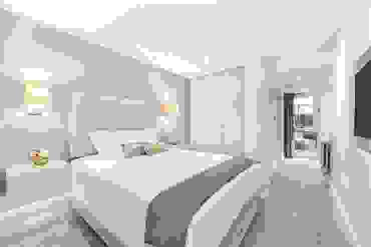 St. James's Terrace, St John's Wood, NW8 Modern Bedroom by APT Renovation Ltd Modern