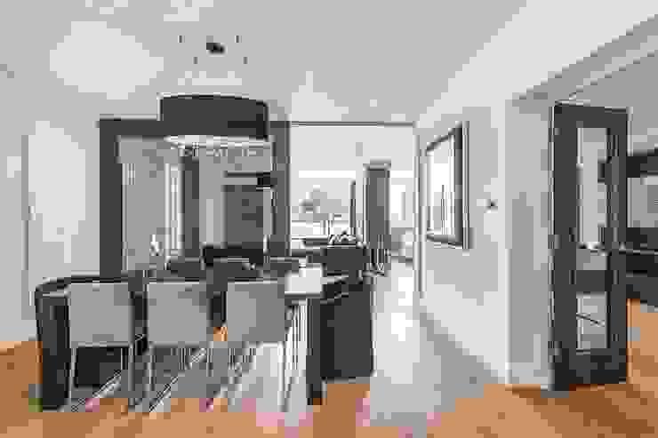 The Icon, Grosvenor Road, London, SW1V Modern Dining Room by APT Renovation Ltd Modern