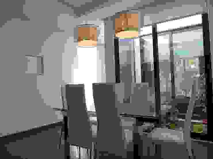 Moderne Esszimmer von Peritraço Arquitectura Modern