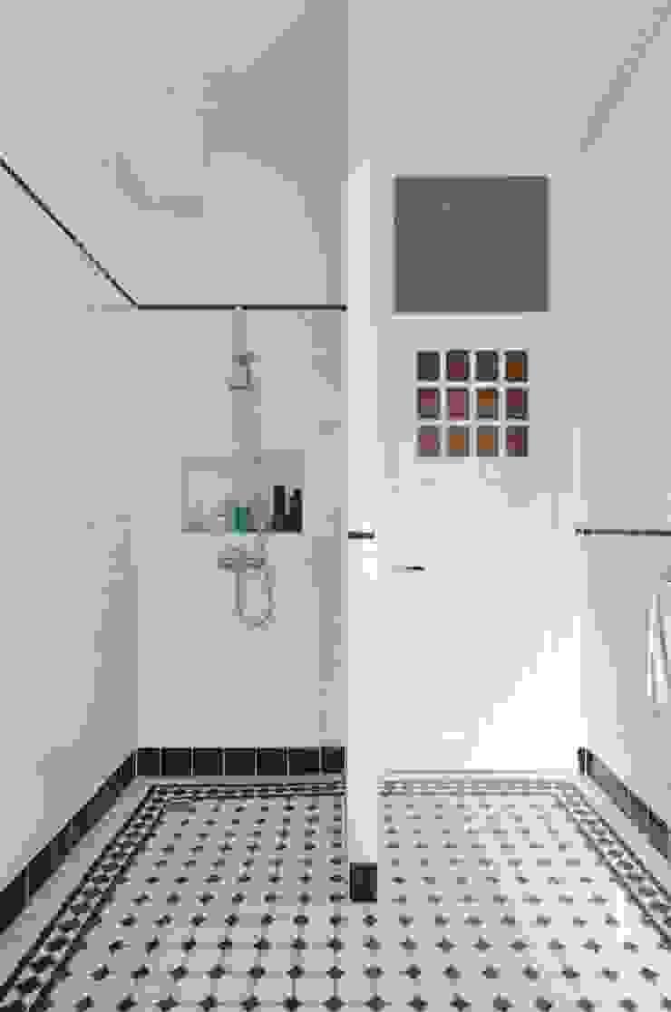 Badkamer Moderne badkamers van studiopops Modern