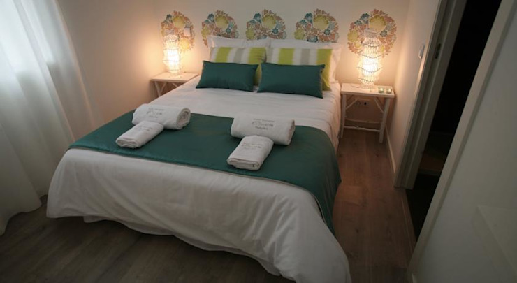 MAMAISON Atelier Interiores Country style hotels Blue