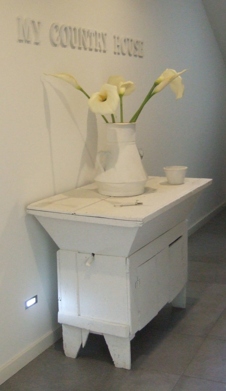 MAMAISON Atelier Interiores Corridor, hallway & stairs Accessories & decoration