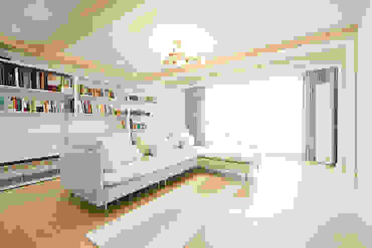 화이트 인테리어 White Interior 모던스타일 거실 by 골방디자인 모던