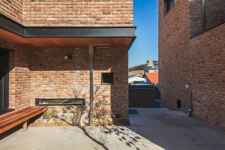 강매동 명서연재 모던스타일 주택 by 디자인 인사이트 (DESIGN INSITE) 모던