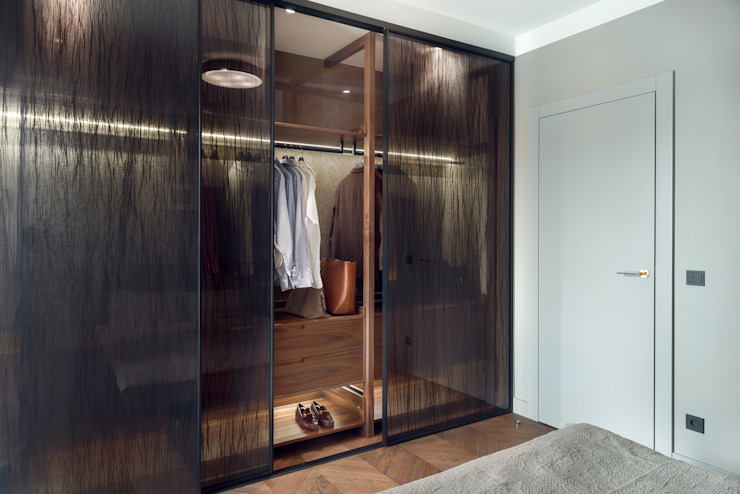 Szafa w sypialni: styl , w kategorii Sypialnia zaprojektowany przez JT GRUPA