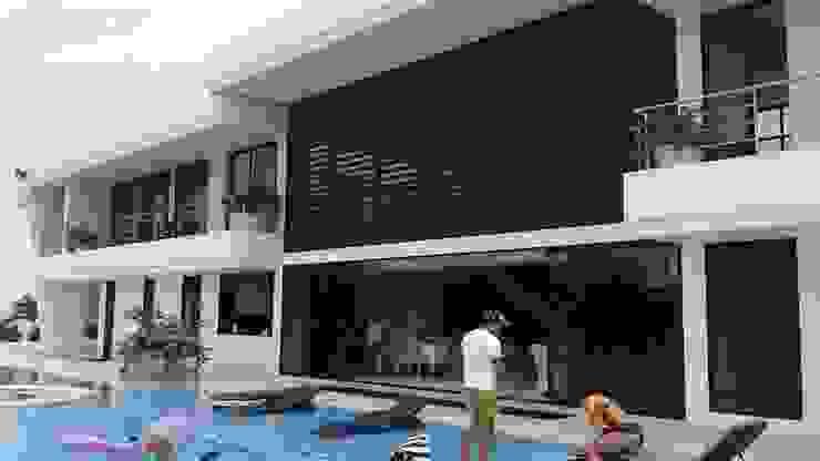 """Casa Campestre """"El Peñon"""" Girardot/Tel:3125831655 Casas de estilo minimalista de Construcciones Cubicar S.A.S Minimalista"""