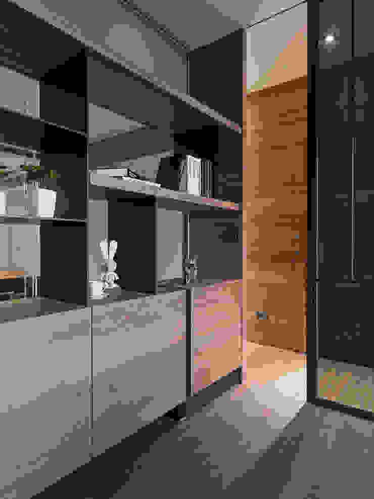 Modern study/office by 拾葉 建築室內設計 Modern