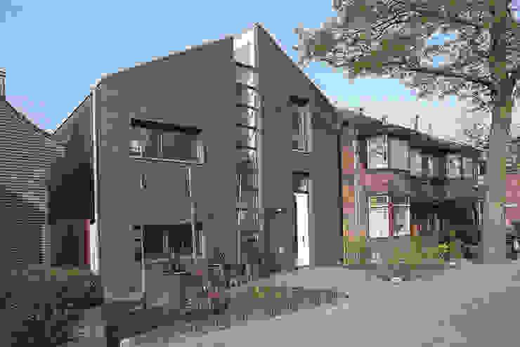 straatgevel Moderne huizen van Studio Blanca Modern Steen
