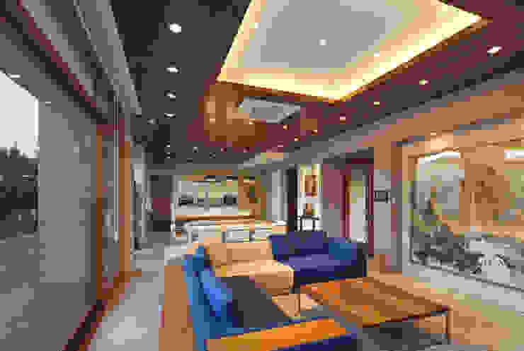 1층 거실 모던스타일 거실 by (주)건축사사무소 모도건축 모던 타일