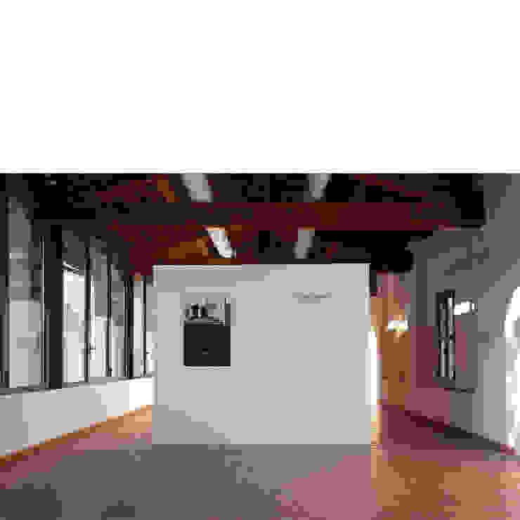 par quadrato | studio di architettura Minimaliste Bois Effet bois