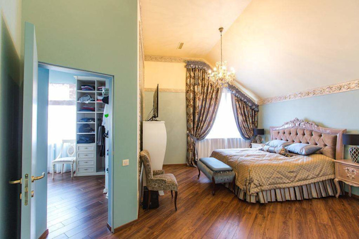 Classic style bedroom by Мастерская дизайна Екатерины Меркель Classic
