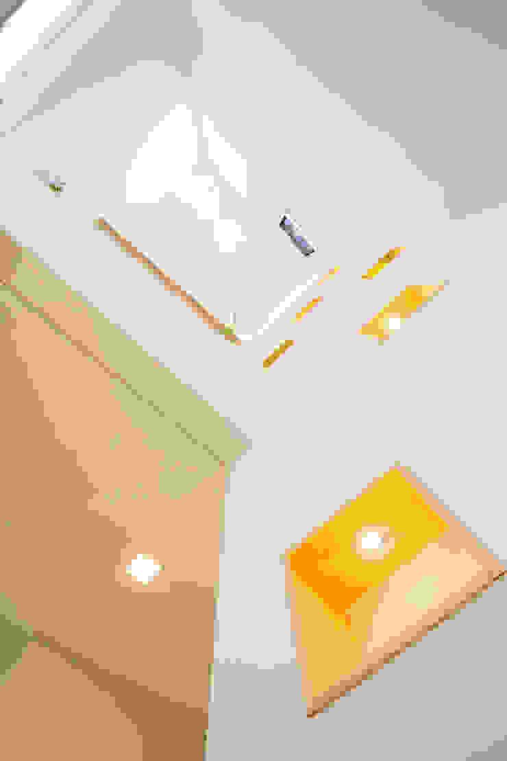 창조하우징 – 판교 중목구조 현장 2 모던스타일 벽지 & 바닥 by 창조하우징 모던