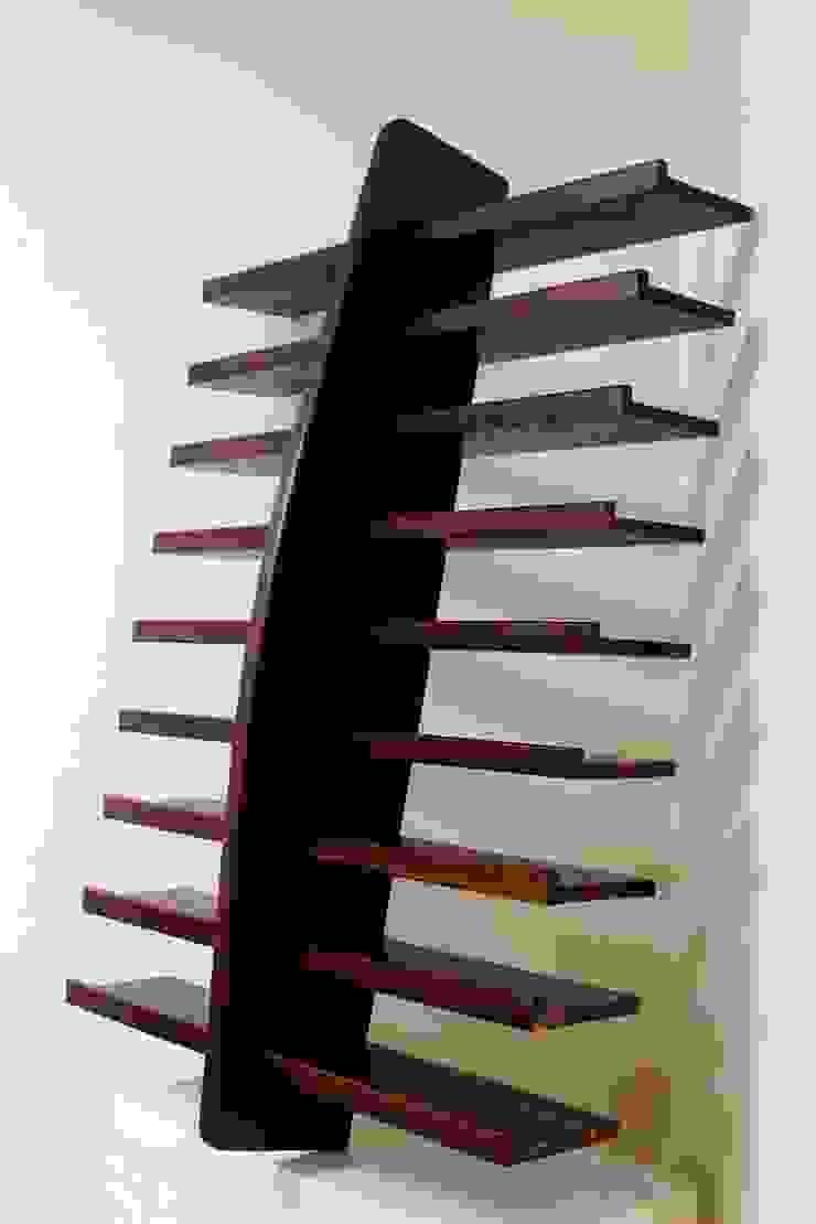 Wall Shelf : minimalist  by Vintage Living Design Co, Minimalist