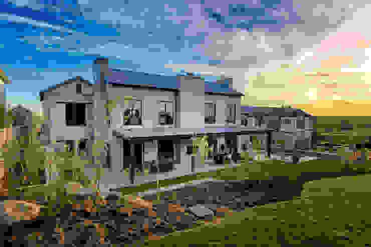 Private Residence, Steyn City, Fourways, Gauteng Modern houses by Gelding Construction Company (PTY) Ltd Modern