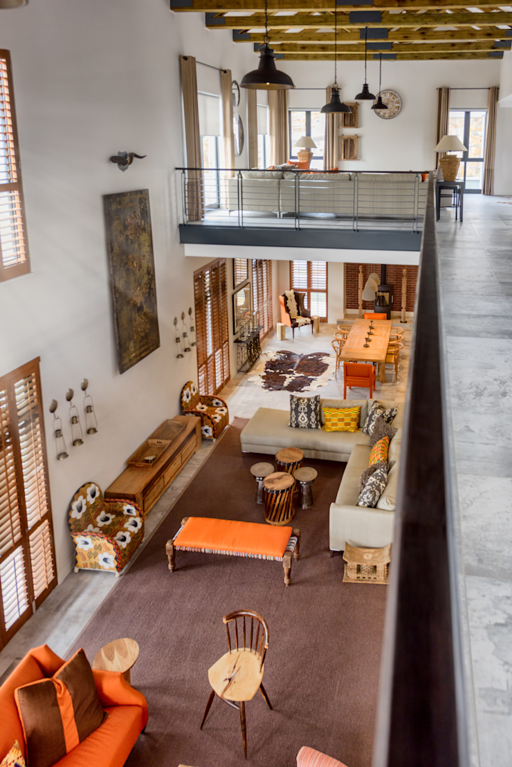 Private Residence, Steyn City, Fourways, Gauteng Modern living room by Gelding Construction Company (PTY) Ltd Modern
