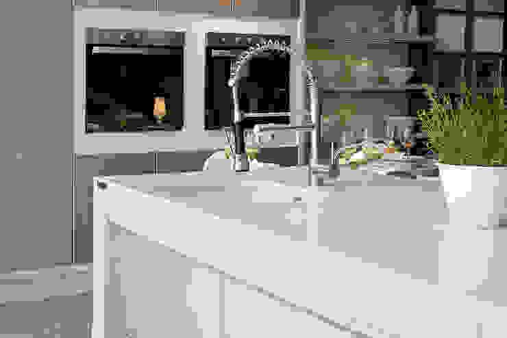 Modern Kitchen by Fİ DİZAYN Mermer, Granit, Quars Satış ve Uygulama Modern