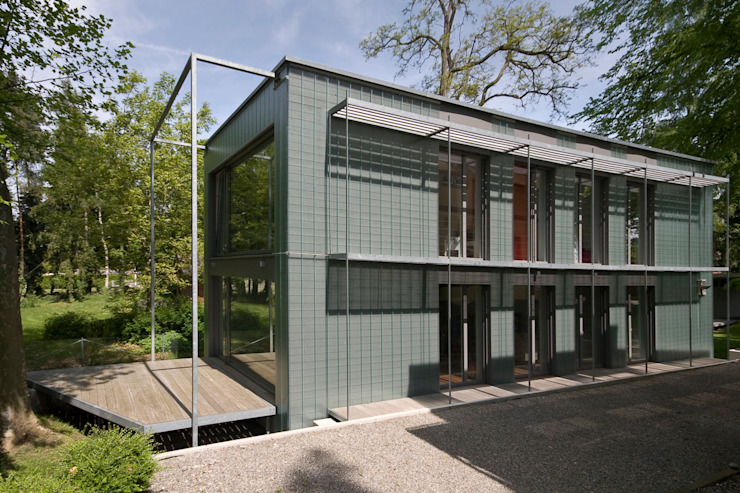 ARCHITEKTEN GECKELER Minimalist house Iron/Steel