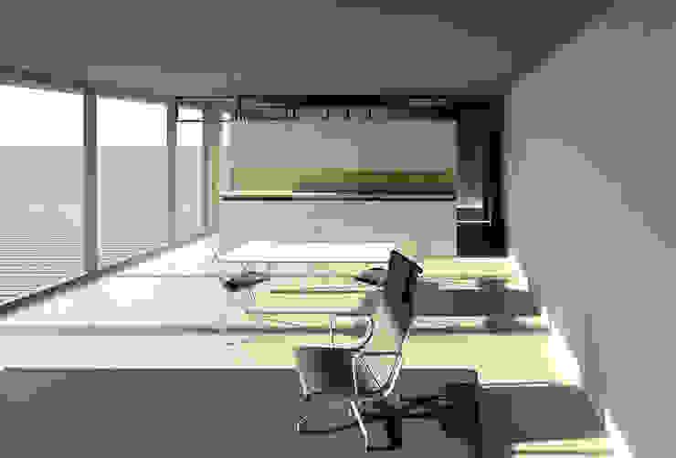 Woon- Eetkamer Tuinhuis Moderne eetkamers van Hugo Caron Architecten bna Modern