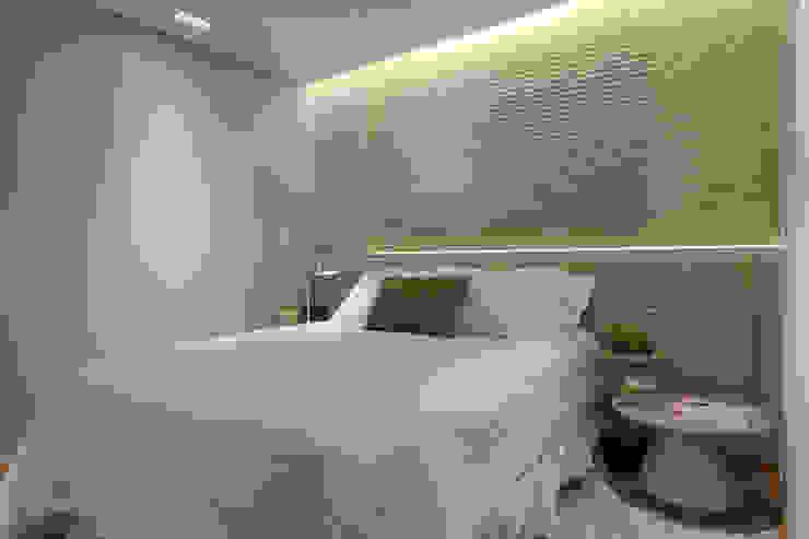 Moderne Schlafzimmer von Renata Basques Arquitetura e Design de Interiores Modern