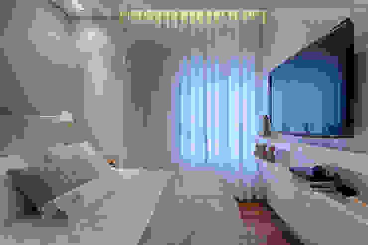 Dormitorios de estilo moderno de Renata Basques Arquitetura e Design de Interiores Moderno
