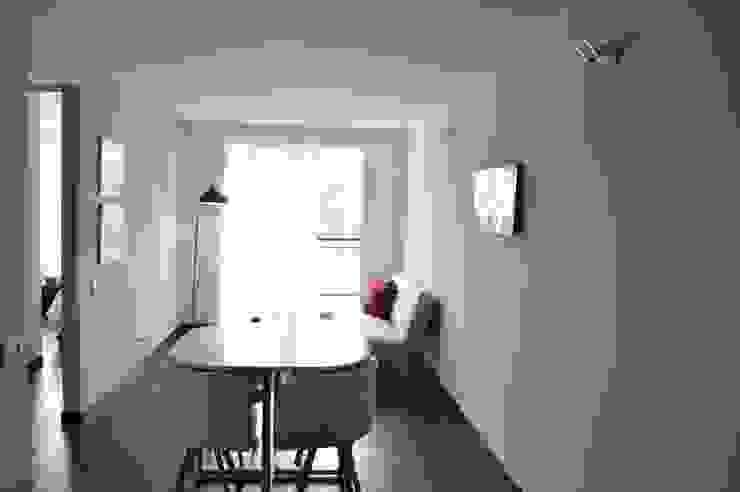apartamento 603 Comedores de estilo minimalista de cadali Minimalista