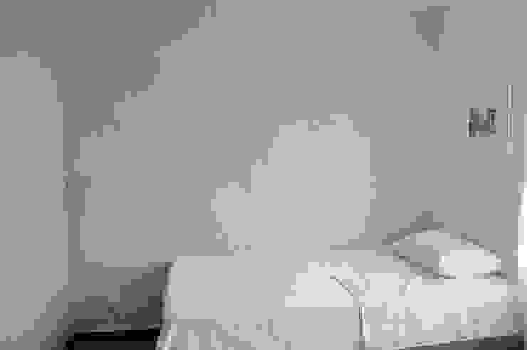 apartamento 603 Habitaciones de estilo minimalista de cadali Minimalista