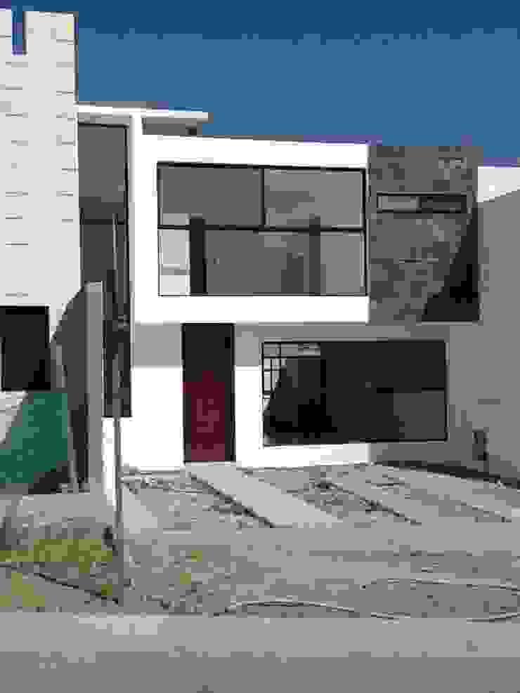 Maisons modernes par ALVARO CARRILLO arquitecto Moderne Béton