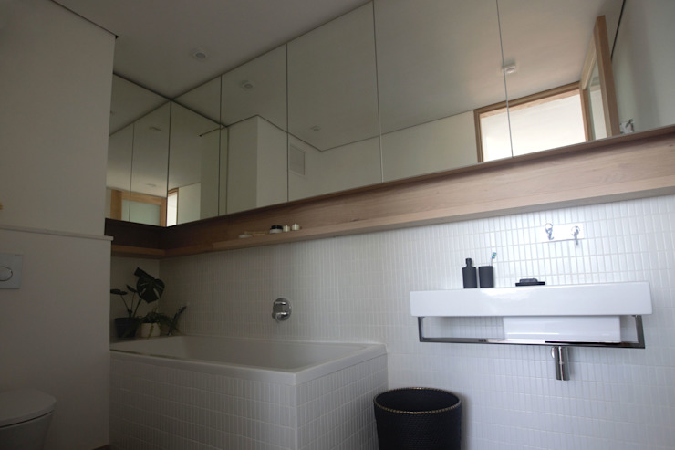 Modern bathroom by Kunst Architecture & Interiors Modern
