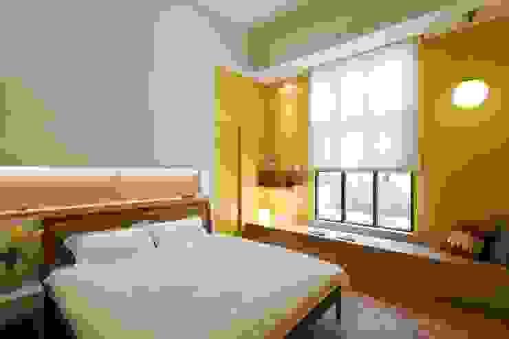 Phòng ngủ phong cách Bắc Âu bởi 吉畝室內裝修有限公司 Bắc Âu