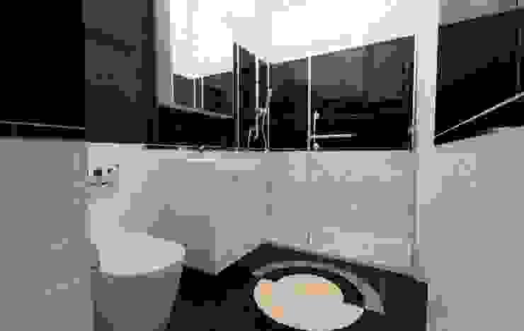 GEKADESIGN Modern Bathroom
