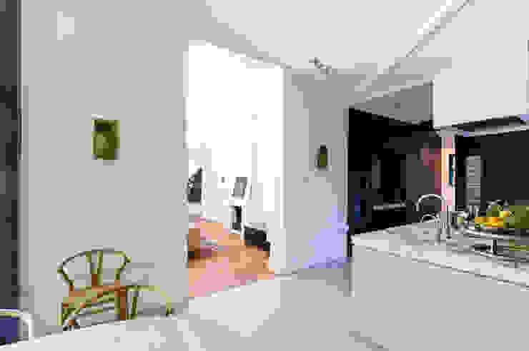 Modern kitchen by Marks - van Ham architectuur Modern