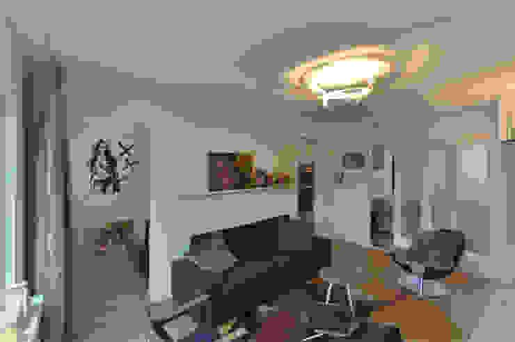 Modern Living Room by Marks - van Ham architectuur Modern