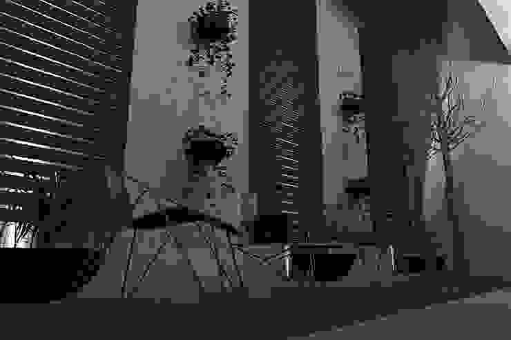 JARDIN DE NOCHE Jardines modernos de homify Moderno Madera Acabado en madera