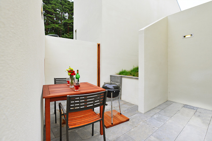 Jardines de estilo  por 건축사사무소 어코드 URCODE ARCHITECTURE