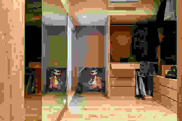 Scandinavian style dressing room by 舍子美學設計有限公司 Scandinavian